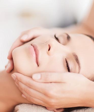 Topsi Hautbedürfnisse: Falten dauerhaft glätten mit QMS Neo Tissudermie