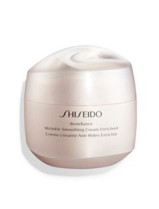 Topsi Hautbedürfnisse: Falten dauerhaft glätten mit Shiseido Wrinkle Smoothing Cream Enriched