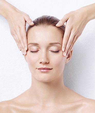 Topsi Hautbedürfnisse: Fahle Haut zum Leuchten bringen. Natürlicher Glow für die Haut mit Babor Detox Behandlung