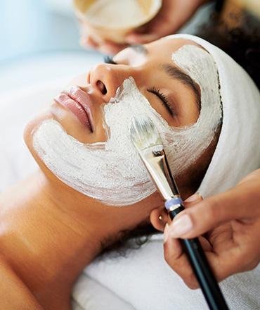 Topsi Hautbedürfnisse: Fahle Haut zum Leuchten bringen. Natürlicher Glow für die Haut mit Payot das blaue Wunder